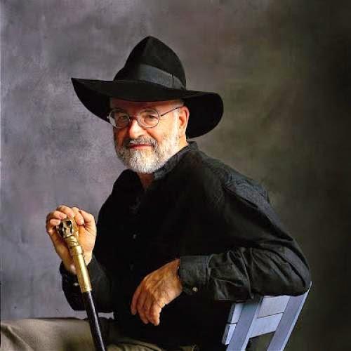 Terry Pratchett I Aint Dead