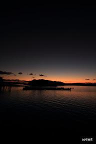 2011/12/17の夕暮れです。日が落ちると途端に冷え込みます。でもこの空気が好きです。