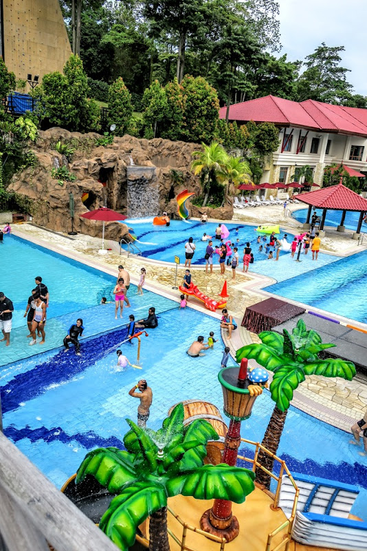 The J Babies: NEW Pirate-Themed Swimming Pool At SAFRA Yishun Country Club!