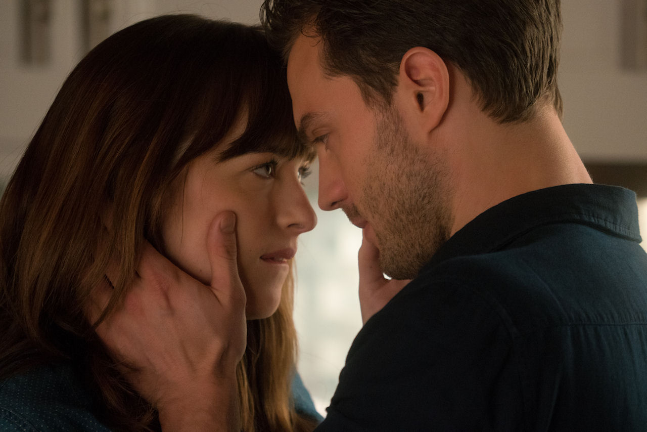 001-fifty-shades-darker.jpg