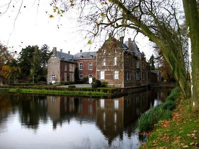 Bilzen, Beverst: kasteel Schoonbeek