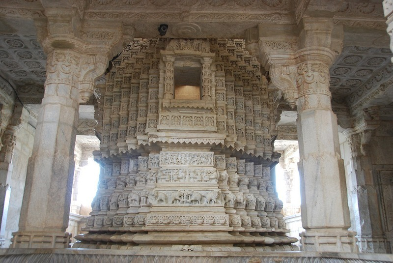 Ranakpur-Jain-Temple-8