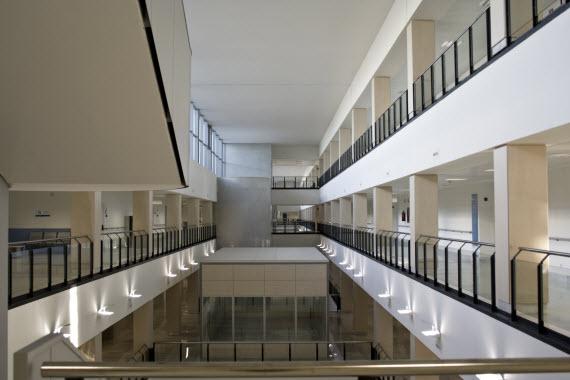 'UCI sin paredes' en el Hospital del Henares