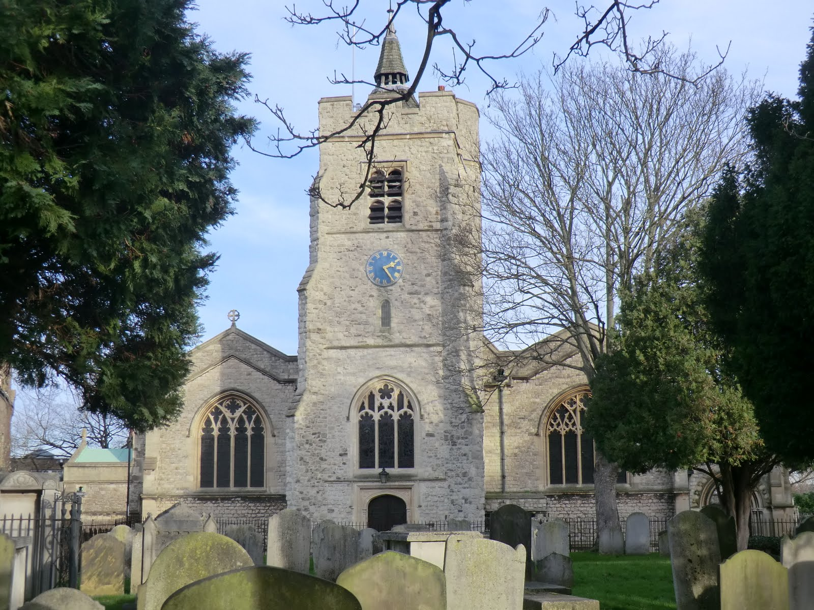 CIMG2159 St Nicholas church, Chiswick