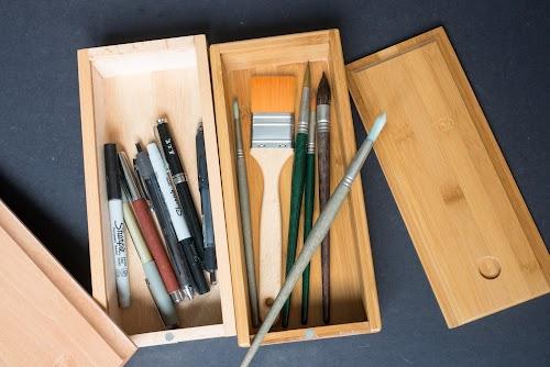 Art Advantage Bamboo Brush Box