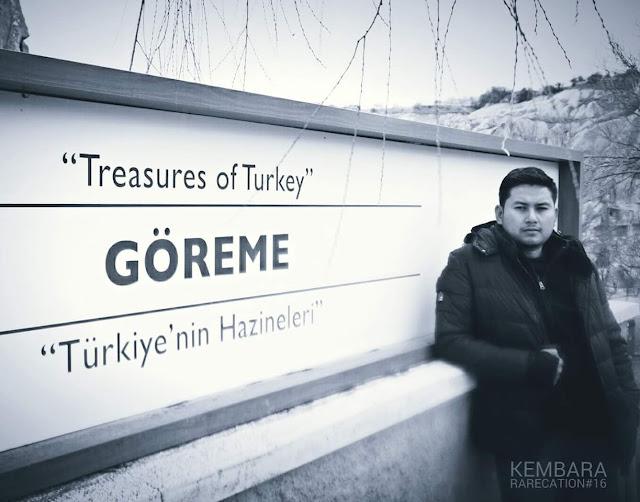 HITAM PUTIH TURKI