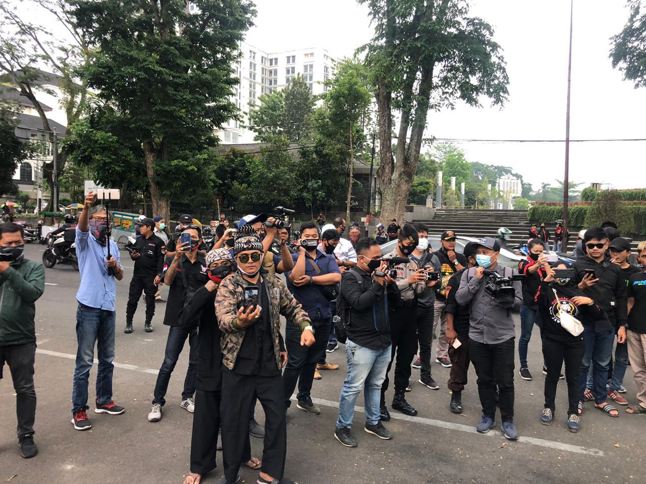BBGB Unjuk Rasa Menolak Tindakan Anarkisme Di Kota Bandung