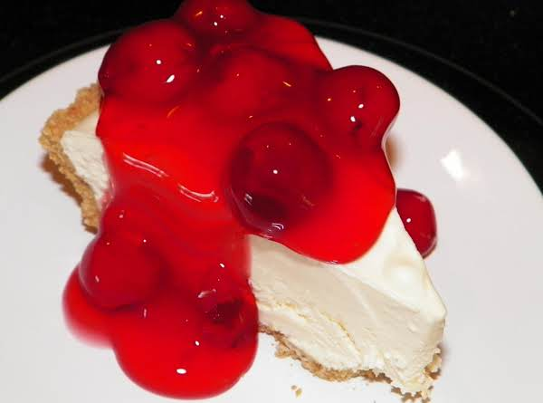 This Is A Small Piece Of Frozen Cheescake Topped With Comstock Cerry Pie Filling. I Keep The Cheesecake Frozen, And Serve It A Piece Or Two At A Time. It Stays Fresh In The Freezer For Over A Month.
