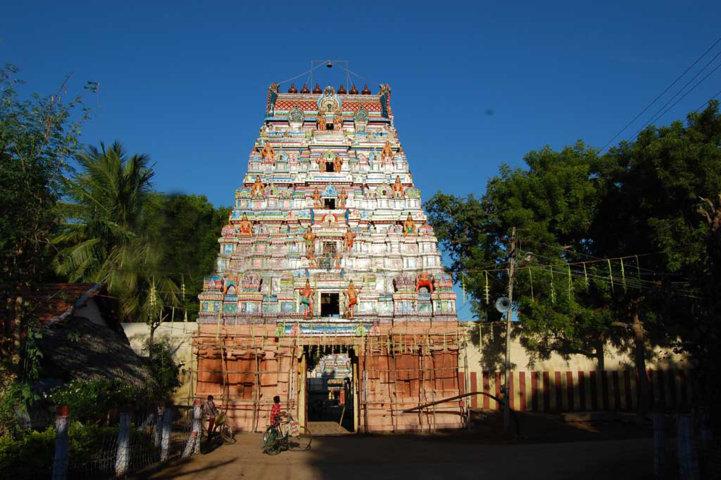 Sri Pushpavana Nathar Temple, Thiruppoonturutti, Thiruvaiyaru - 275 Shiva Temples