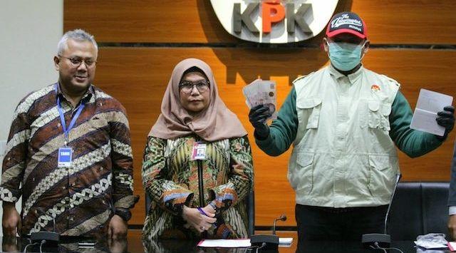 Wahyu Setiawan Tersangka Suap, Ketua KPU Lapor Jokowi Lalu Minta Maaf