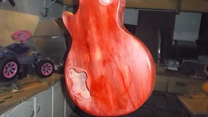 Construção inspirada Les Paul Custom, meu 1º projeto com braço colado (finalizado e com áudio) - Página 4 DSCF1452