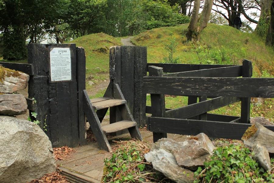 Gleninsheen wedge tomb описание