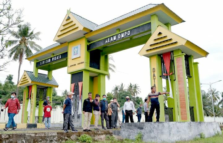 Rombongan Rektorat Universitas Hasanuddin Kunjungi bakal Lokasi Kampus D4 Soppeng