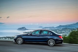2014-Mercedes-C-Serisi-05