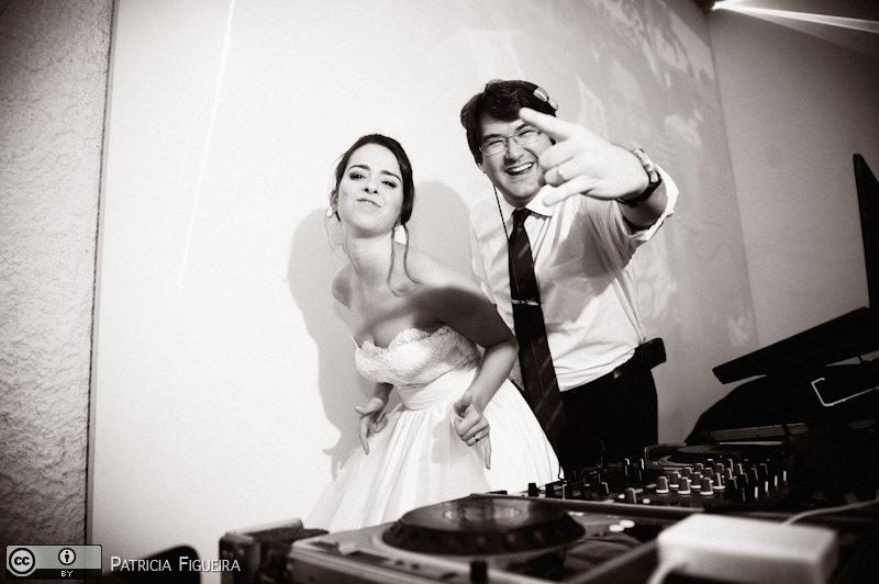 Foto de casamento 2595pb de Nathalia e Fernando. Marcações: 04/12/2010, Casamento Nathalia e Fernando, Niteroi.