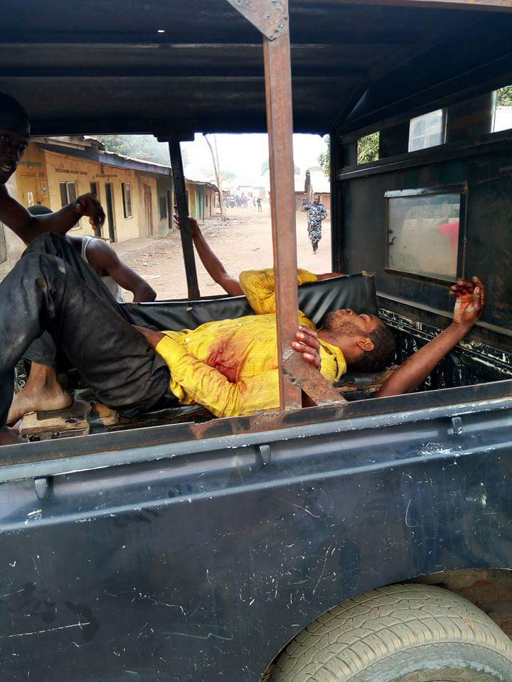 Benue state girl fingers herself - 2 1