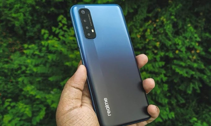 New Realme 7 Update Fixes Screen Issue and Optimizes Front Camera