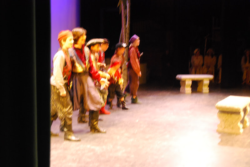 2012PiratesofPenzance - DSC_5898.JPG