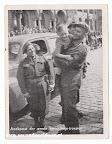 Aankomst der eerste bevrijdings- troepen. Fotokaart tweede wereldoorlog 1945.