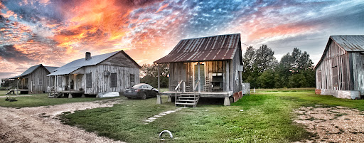 shacks2.jpg