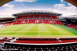 Mengapa Stadion Liga Inggris Tidak Berpagar?