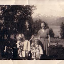 Olga, mamma, Gerd og Elsa