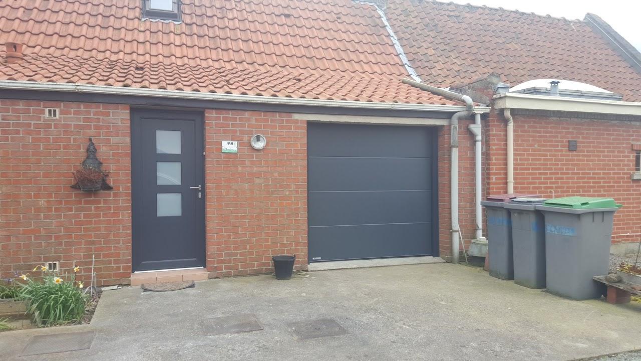 Entr e de maison pose de portes en alu pvc ou bois for Garage rue du dronckaert roncq
