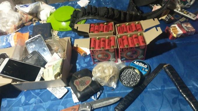 Un joven llevaba 100 balas en una bolsa por JDPeron y General Lopez, fue detenido junto a otras dos personas