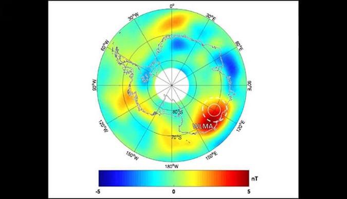 Essa representação de dados de satélite mostra a anomalia bizarra abaixo de Wilkes Land
