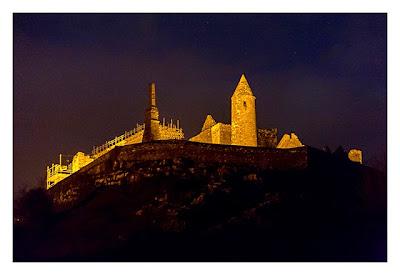 Rock of Cashel - schön angestrahlt