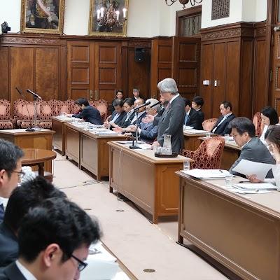 20180521決算委員会質問-03.jpg