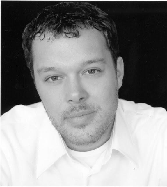 Michael Gladis Profile Pics Dp Images