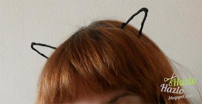 Cómo hacer una diadema con orejas.