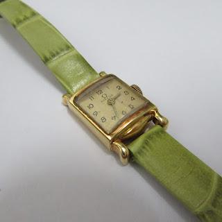 Omega 18 K Watch