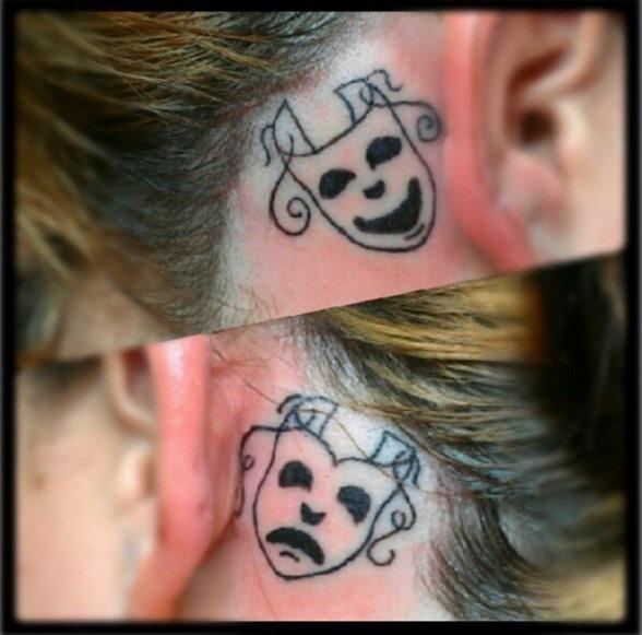 drama_rostos_ouvido_tatuagem