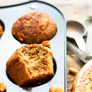 Healthy Banana & Peanut Butter Muffins