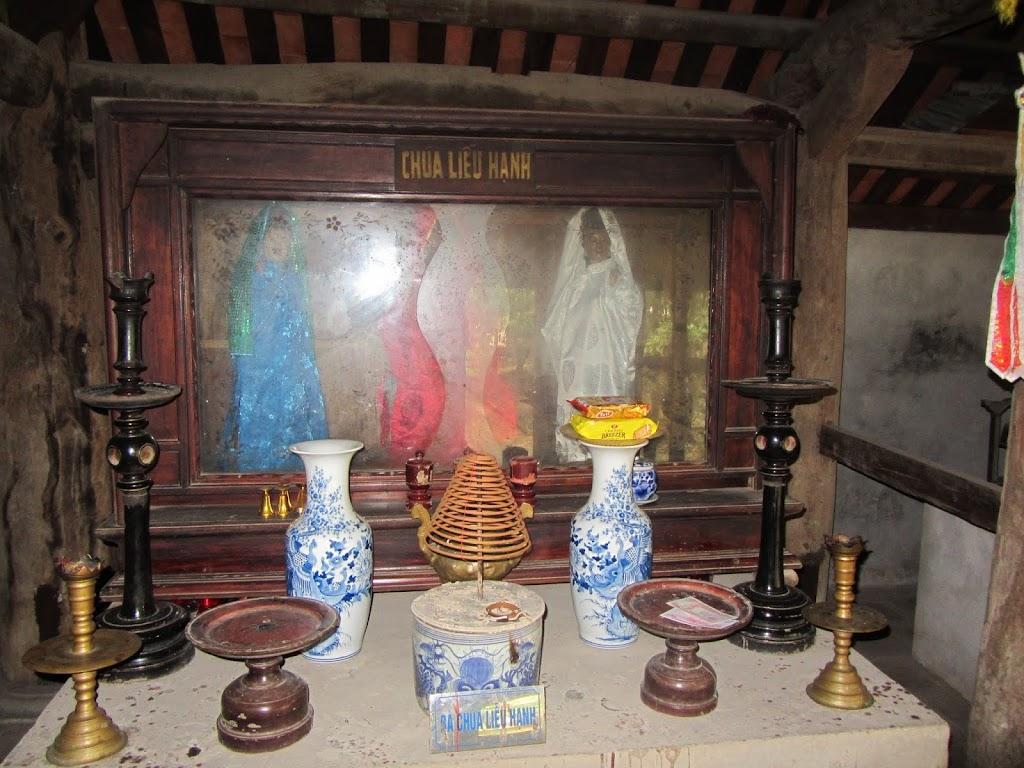 0039Ngo_Quyen_Temple