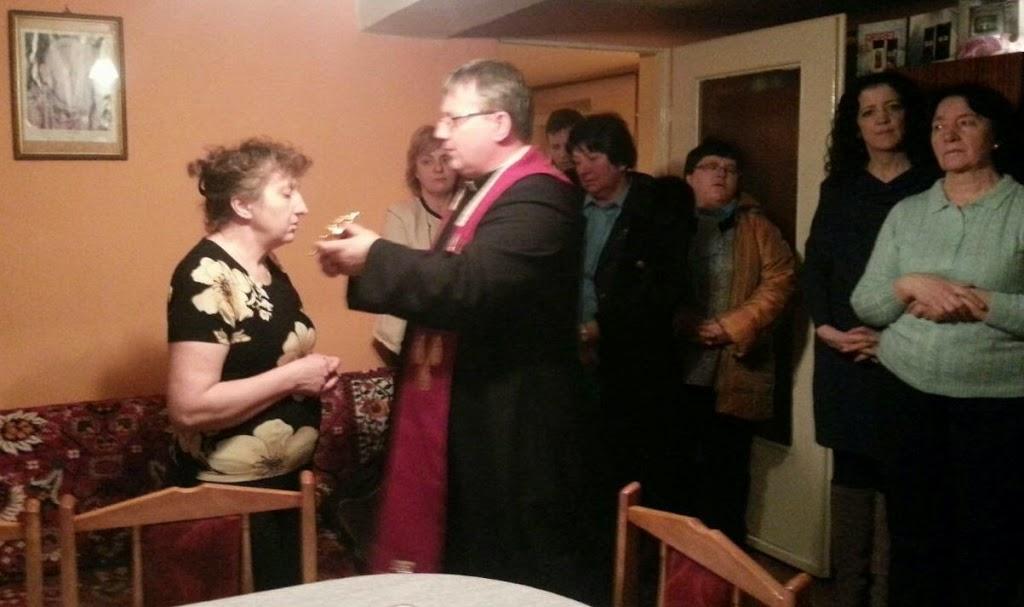 Uczczenie św. Charbela w relikwiach