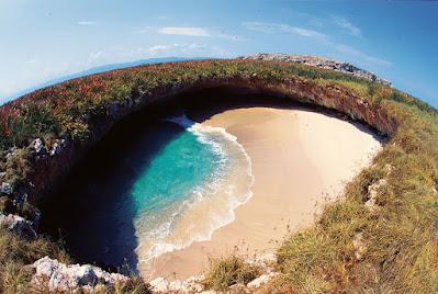 Pantai marieta mexico
