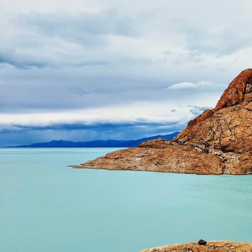 Lago Viedma. Photographer Sebastian Giannone