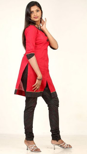 Sanchita Padukone Height