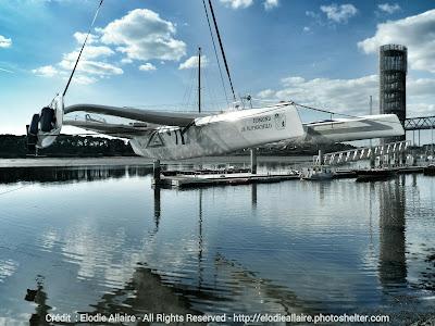 Le Multi70 Gitana XV de retour à l'eau à Lorient.