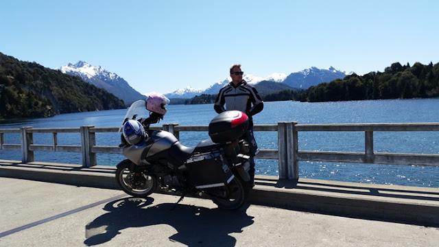 מתן-האופנוע-ואגם..jpg