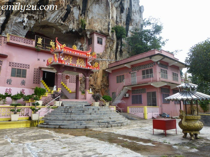 Kwong Fook Ngam Buddhist Cave Temple