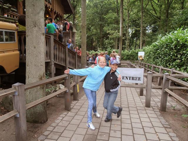 Uitje actieve jeugd H. Willibrordusparochie - P9070614.JPG