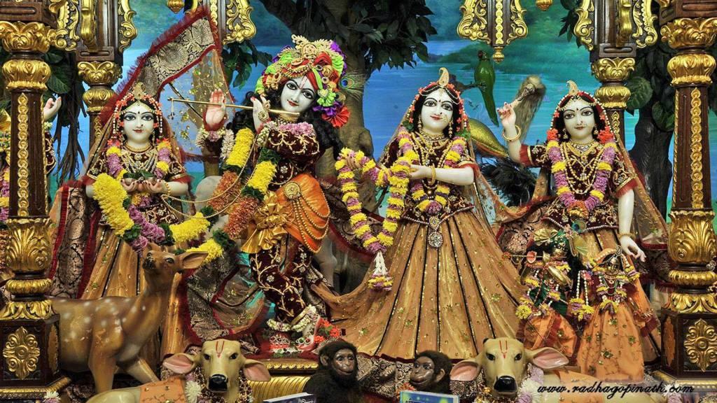 ISKCON Chowpatty Deity Darshan 22 Dec 2015 (10)