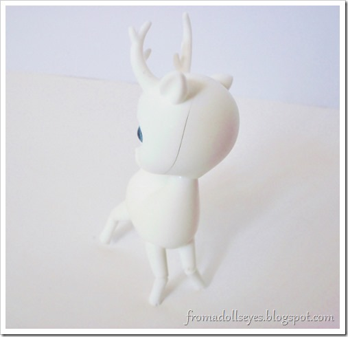 A ball jointed deer chasing it's tail.  Cute!