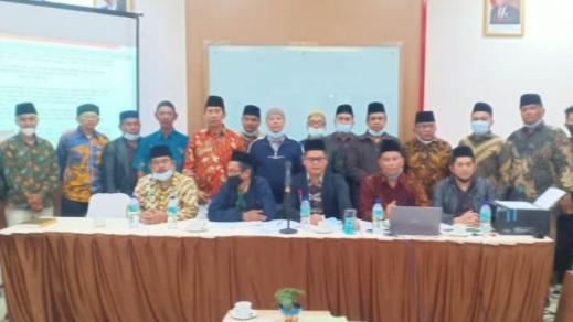 Buya Masrul Chaniago dan  Edi Mulyono Pimpin MWCNU Guguk Panjang Kota Bukittinggi
