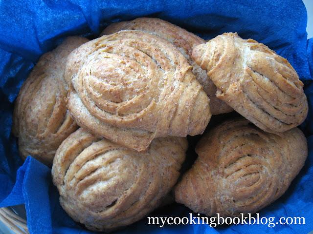 Хрупкави хлебчета розетки