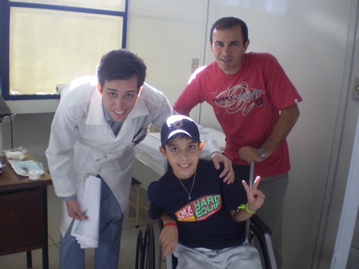Dr. Gabriel, Vitor e seu pai Amaral
